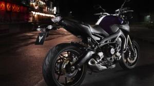 2014-Yamaha-MT-09-EU-Deep-Armor-Static-002
