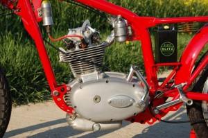 """Motore Ducati GS """"Marianna"""" con molle a spillo scoperte"""