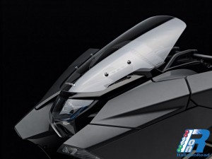 Honda_NM4_Vultus_(7)