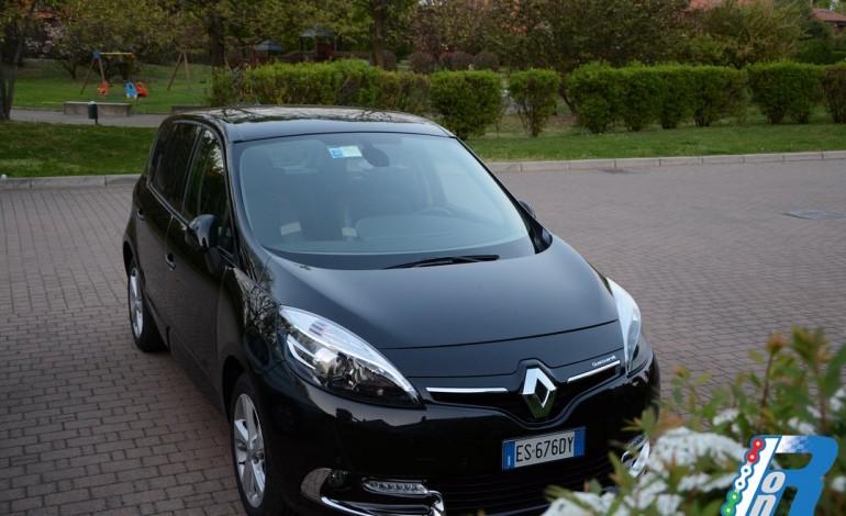 Test drive Renault Scenic XMod alla volta di Camerata Cornello