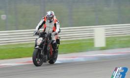 Test ride KTM 1290 SuperDuke R in pista a Misano - La prova della Bestia!