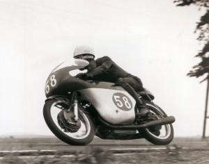 Carlo Ubbiali (9 titoli) su MV Agusta 250