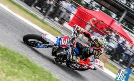 Max Biaggi stravince al Trofeo Centro Italia!