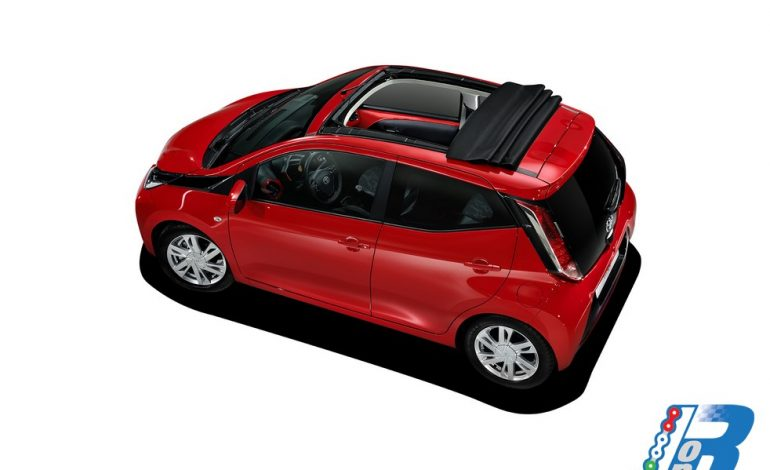 Nuova Toyota Aygo, oggi anche cabrio