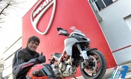 Carlos Checa in sella alla nuova Ducati Multistrada 1200