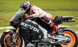 Il 2015 riparte nel segno di Marquez, segue Rossi col secondo miglior tempo