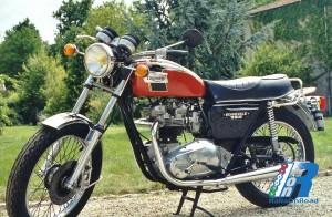 1979 - Bonneville T120