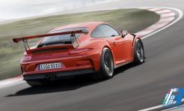 Porsche 911 GT3 RS: la vettura da corsa per la pista e l'uso quotidiano
