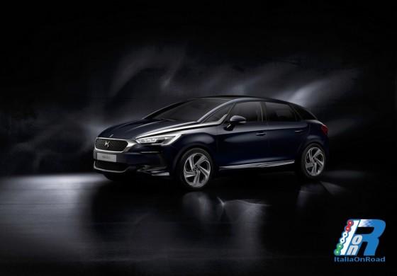 """Nuova DS 5: """"Migliore auto di serie"""" al Salone di Ginevra per Auto Plus e radio RTL"""