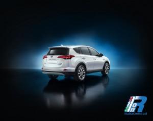 Toyota_Rav4_Hybrid (2)