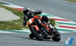 Prova KTM Superduke 1290 R - Al Mugello con la Bestia!