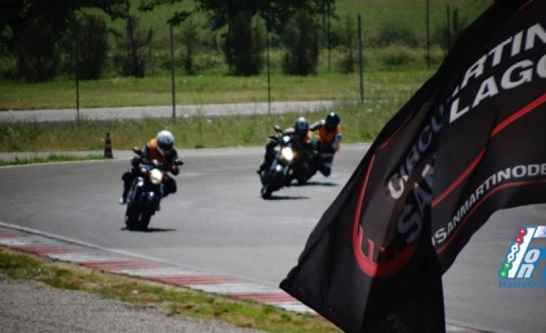 Cancelli chiusi al circuito S. Martino del Lago