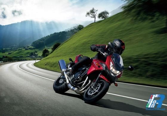 Suzuki Bandit 1250S ABS: Comfort e sportività hanno un nuovo stile