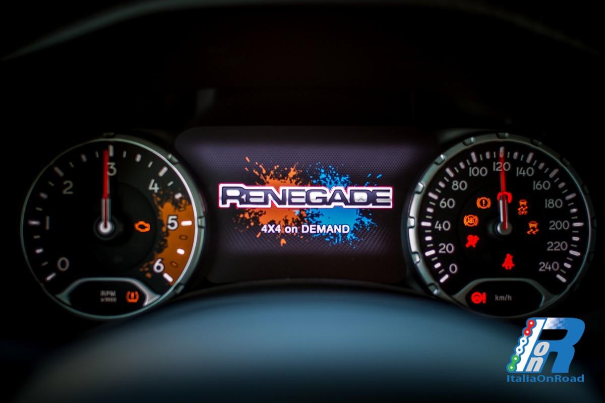 """Jeep Renegade Limited >> Prova Jeep Renegade, la """"piccola"""" di casa Jeep che piace ..."""