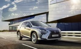 Lexus mette su strada la milionesima vettura ibrida