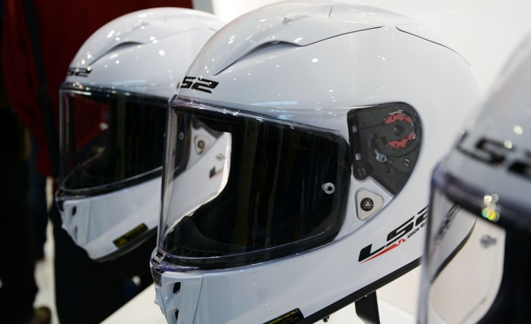 Il nuovo Arrow FF323 by LS2 Helmets