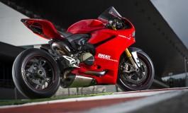 Ducati Performance exhaust systems by Akrapovic, 60 secondi di eccellenza