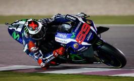 MotoGP Qatar: Lorenzo domina, seguono Dovizioso e Marquez