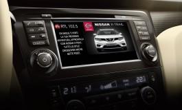 Con Nissan la comunicazione radio diventa visibile grazie alla Radio Digitale (DAB+)