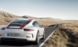 Lupo travestito da agnello: la nuova Porsche 911 R