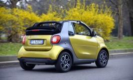Nuova smart fortwo cabrio: l'estate in città