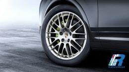Porsche Cayenne Platinum Edition (3)