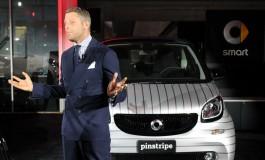 Lapo Elkann presenta le nuove Smart Fortwo Pinstripe e Pois