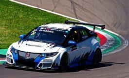 Ad Imola TCR International Series nel segno di Stefano Comini. Doppio ritiro per Morbidelli