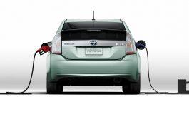 Nuovo record per l'Hybrid Toyota in Italia: sono più di 100.000 le vetture ibride del gruppo vendute dal lancio ad oggi