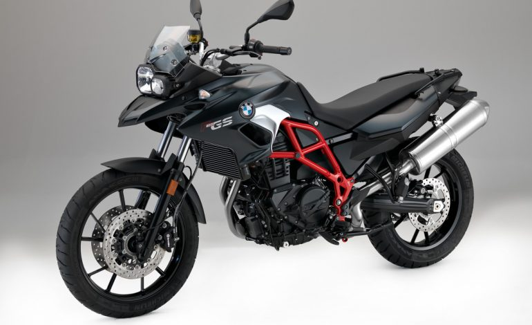la nuova bmw f 700 gs f 800 gs e f 800 gs adventure italiaonroad rivista italia motori. Black Bedroom Furniture Sets. Home Design Ideas