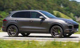 Prova Porsche Cayenne S E-Hybrid, il SUV di lusso che strizza l'occhio all'ambiente