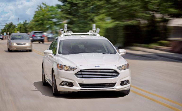 Ford, entro il 2021 guida completamente autonoma