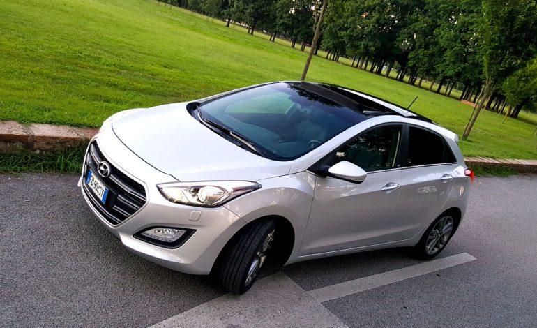 Prova Hyundai i30 Go! Plus, la segmento C del marchio coreano