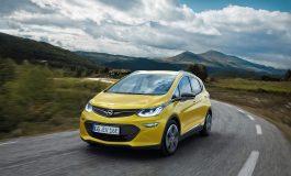Autonomia di oltre 400 chilometri: Opel Ampera, mobilità elettrica