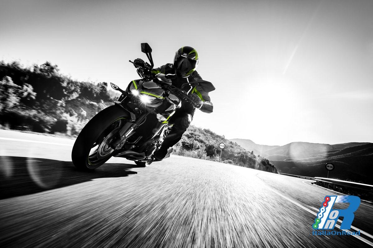 Kawasaki Z1000 Edizione R 2017 | ItaliaOnRoad - Rivista ...