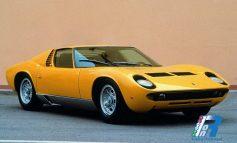 1966 Lamborghini presenta la Miura ed il mondo della GT all'italiana cambia per sempre