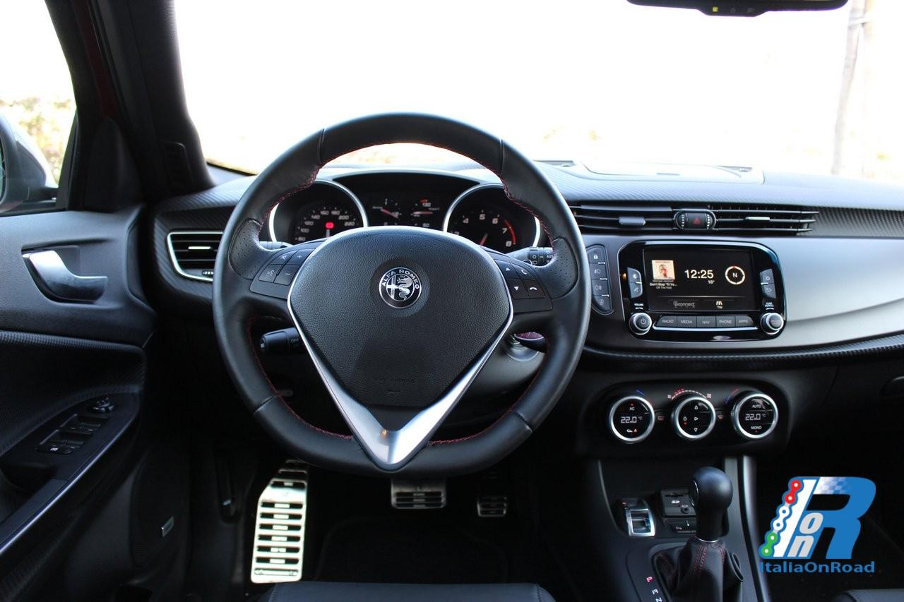 109402 additionally Alfa Romeo Giulietta Quadrifoglio Verde 2014 as well 11 additionally 8 besides Alfa Romeo Giorgio Render Theo 1. on 2017 alfa romeo giulia quadrifoglio