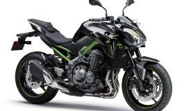 Kawasaki Z900 Supernaked per i conducenti che cercano l'equilibrio perfetto tra potenza e manegevolezza