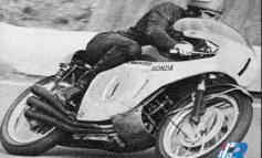 GP di Cecoslovacchia 1966: la parata trionfale della Honda e di Hailwood