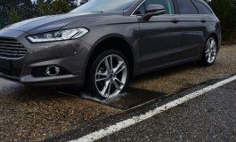 Ford all'opera per lo sviluppo di una tecnologia 'anti-buche'