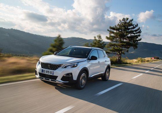 """Il nuovo SUV PEUGEOT 3008 è """"Car of the Year 2017"""""""