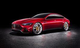 Mercedes-AMG GT Concept: Driving Performance del future
