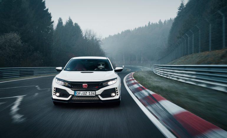 La nuova Honda Civic Type R a trazione anteriore stabilisce un nuovo record sulla pista del Nürburgring
