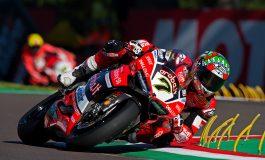 Imola si tinge di rosso Ducati. Chaz Davies firma la doppietta