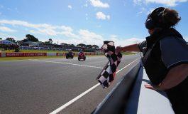 Superbike - Volata vincente di Marco Melandri. Il ducatista firma la doppietta in Australia