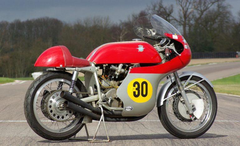 """Titoli mondiali di motociclismo """"facili"""" nella classe regina, la 500"""