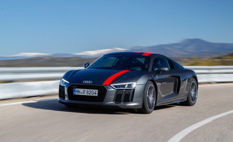 Nuova Audi R8 V10 RWS: dinamica pura