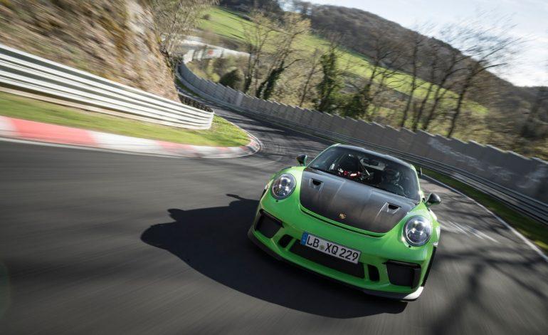 La nuova 911 GT3 RS gira in 6:56.4 minuti al Ring