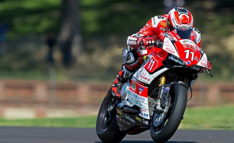CIV – Matteo Ferrari nuovo leader della Superbike. Nepa firma la doppietta in Moto3