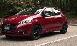 Peugeot 208 Black Line: Identikit